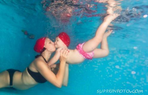 Приучение ребенка к воде