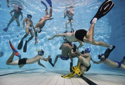 Удивительные подводные игры. Подводное регби и подводный хоккей