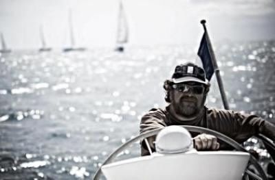 Как самому встать за штурвал и навсегда решить проблему отдыха на море