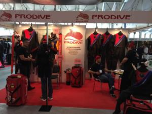 Prodive and 200Bar Present new Dry Suit R2D2 at Moscow Dive Show 2017