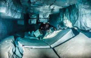 Conference of cave diving explorers at the Moscow Dive Show 2017